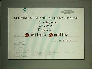 "1993 - First Prize Diploma, ""Citta di Senigalia"" International Piano Competition, Senigalia, Italy."